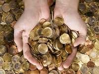 handfull money