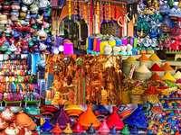 På en basar i Marocko pussel från foto