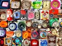 ceasuri cu alarmă puzzle din fotografie