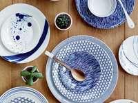 Blaues Geschirr