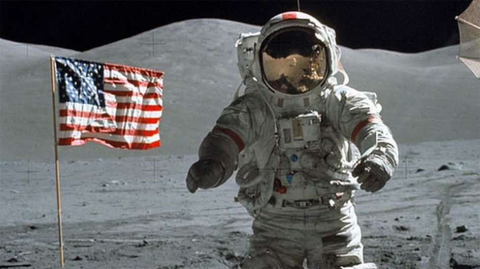 Ανθρωπος στο φεγγάρι