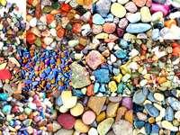kolorowe kamyki