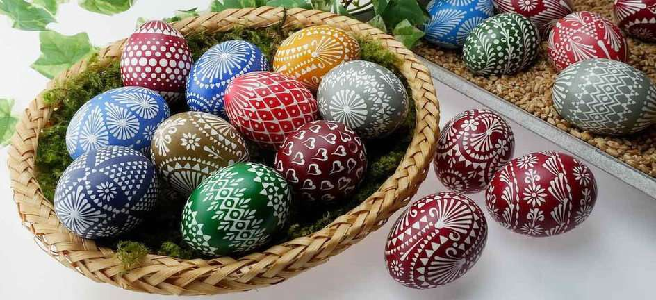 Easter eggs - arrange the puzzle (8×6)