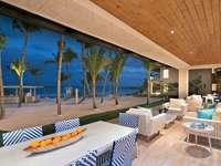 Beach View Luxury Suite