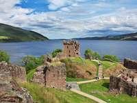 Loch Ness i Skottland