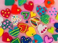 Цветни сърца