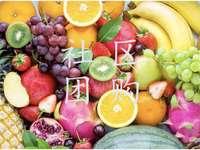 Barevné ovoce