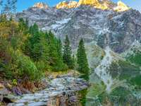 hiking trail in tatra mountains